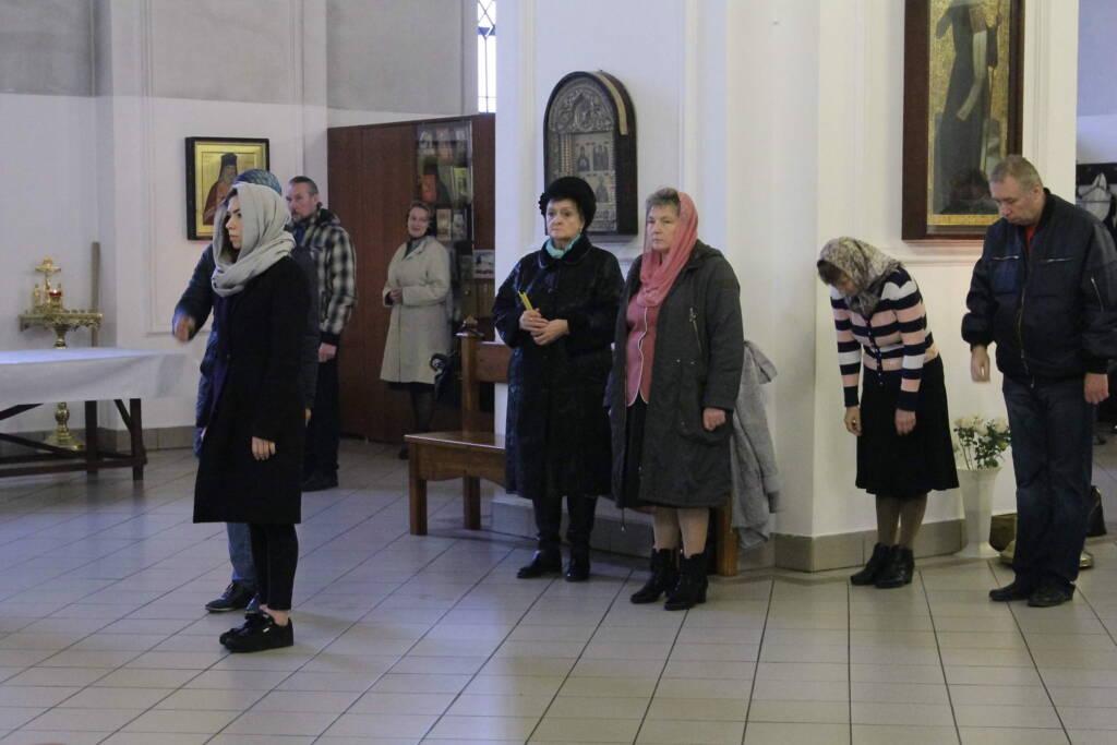 Божественная литургия в Неделю 16-ю по Пятидесятнице