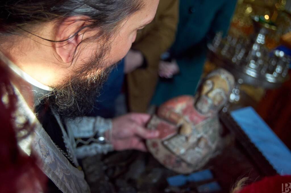 Волонтеры, вместе с представителями Рязанского отделения Всероссийского общества охраны памятников истории и культуры приняли участие в сборе информации в Касимовском районе, о древних разрушенных деревянных храмах.
