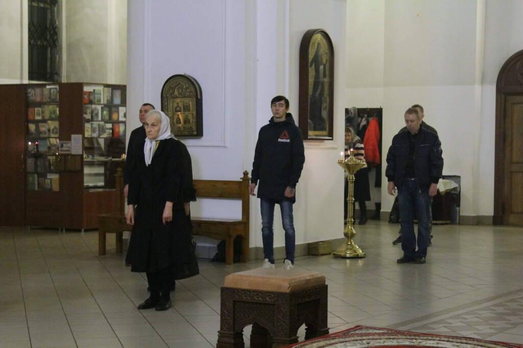 Всенощное бдение в канун Недели 22-й по Пятидесятнице в Вознесенском кафедральном соборе г. Касимова.