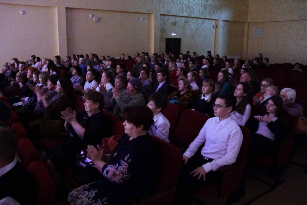 В Центре культурного развития города Касимова прошло праздничное мероприятие, посвященное Дню матери.