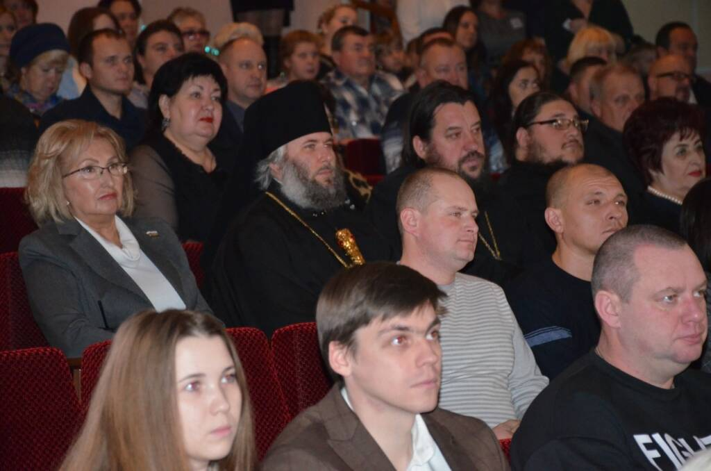 Архипастырь принял участие в торжественном мероприятии, посвященном 93-летию города Сасово