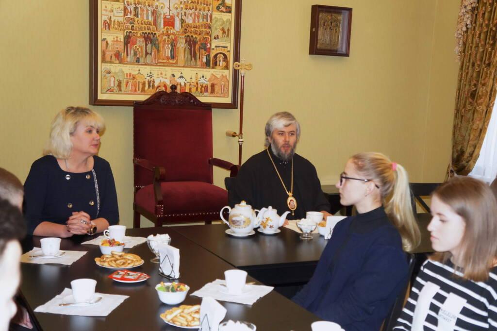 Встреча епископа Касимовского и Сасовского Василия со студентами Касимовского нефтегазового колледжа