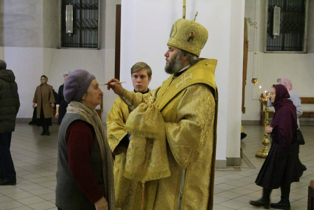 Всенощное бдение в канун Недели 27-й по Пятидесятнице в Вознесенском кафедральном соборе г. Касимова.