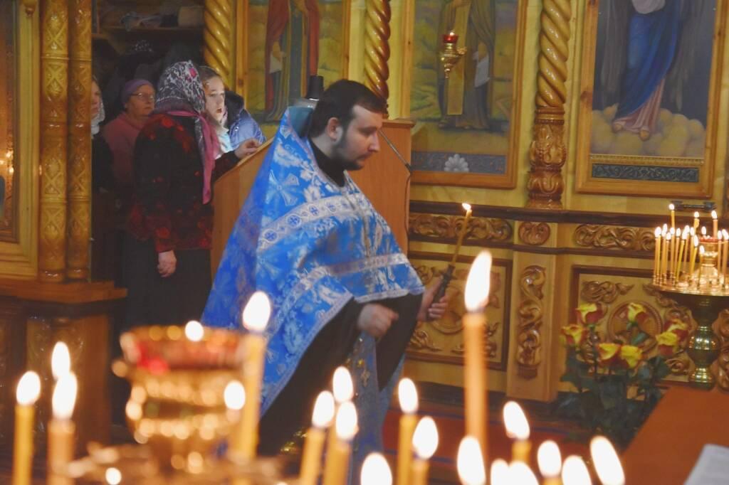 В Архангельский храм города Сасово прибыл чтимый образ  иконы Божьей Матери «Всех скорбящих Радость - Митинская» и ковчег с частицей мощей святителя Николая Чудотворца