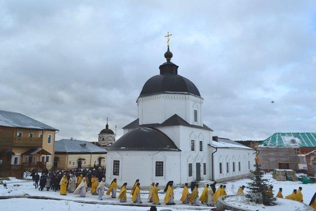 Преосвященный епископ Василий принял участие в торжествах  по случаю дня памяти святителя Феофана Затворника
