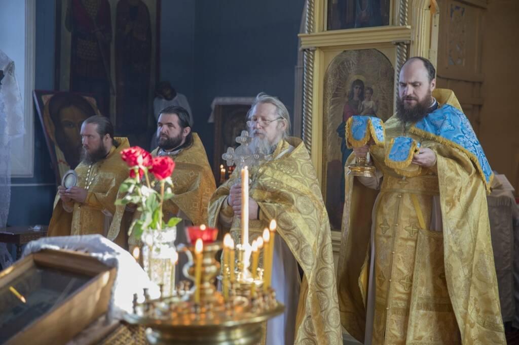 Соборное богослужение духовенства Ермишинского благочиния  в Христорождественском храме села Савватьма