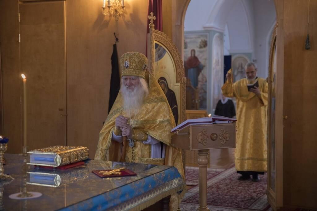 Архимандрит Афанасий (Культинов) возглавил Божественную Литургию в Милостиво - Богородицком женском монастыре п. Кадом в день памяти преподобного Парфения, епископа Лампсакийского