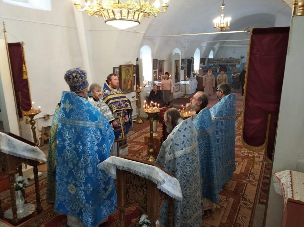 Соборное служение духовенства Шиловского благочиния в Покровском храме с. Березово