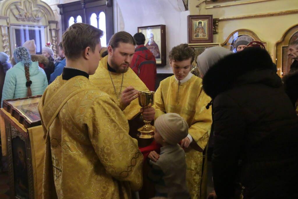Божественная литургия в Никольском храме г. Касимова в Неделю мясопустную, о Страшном суде
