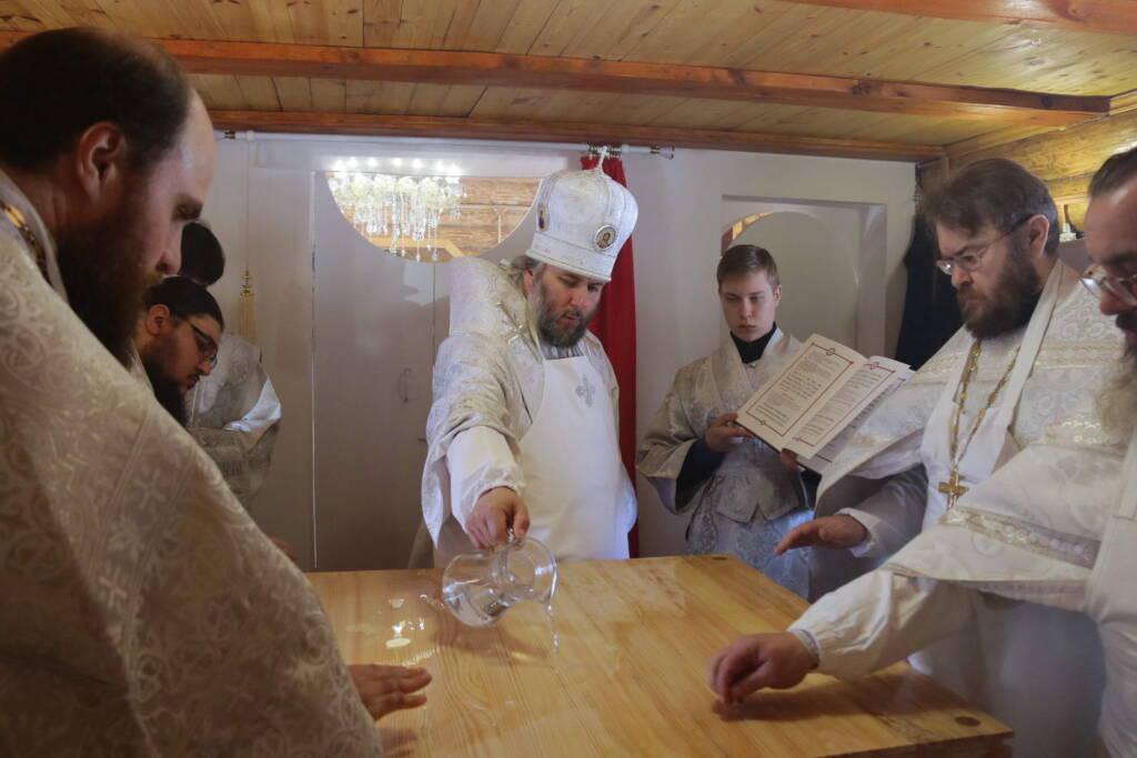 Великое освящение храма в честь блаженной Матроны Московской в селе Потапьево Пителинского района