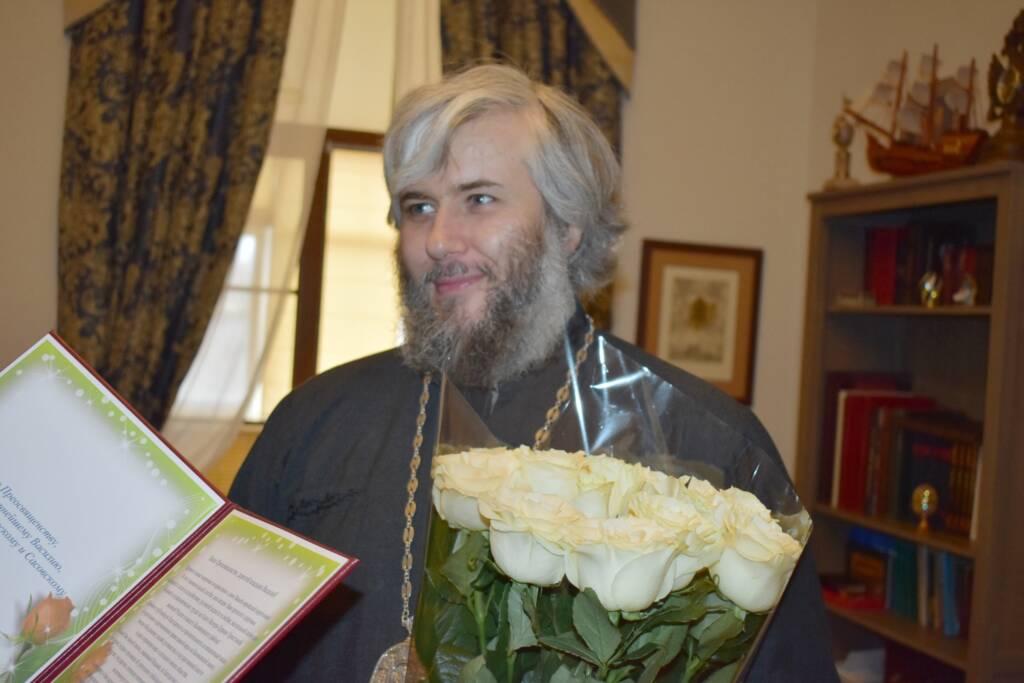 Глава администрации Касимовского муниципального района – Герман Боков поздравил Преосвященного епископа Василия с годовщиной иерейской хиротонии