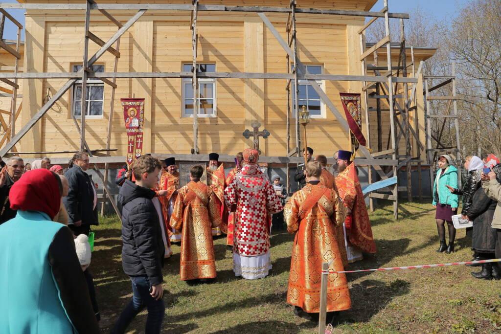Божественная литургия в пятницу Светлой Седмицы в Никольском храме города Спас-Клепики