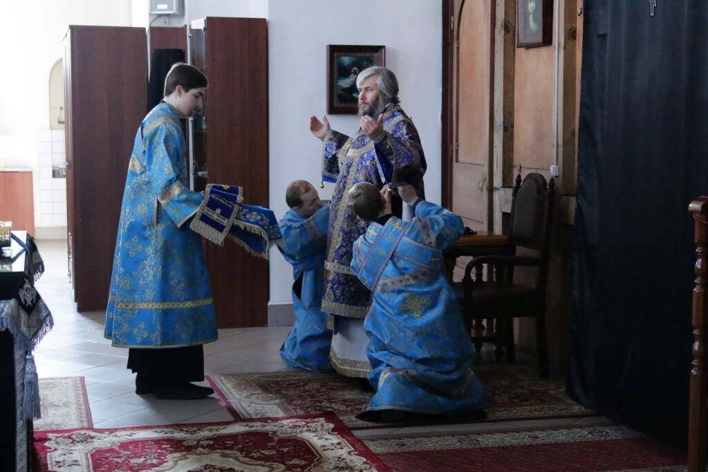 Божественная литургия в праздник Благовещения Пресвятой Богородицы в Вознесенском кафедральном соборе города Касимова