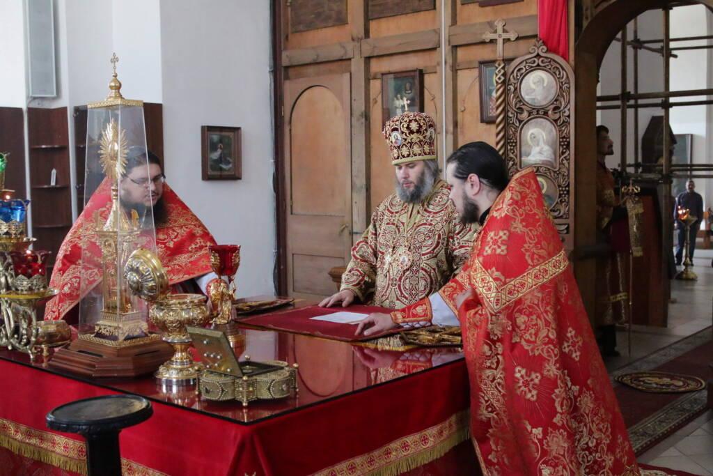 Божественная литургия в Неделю 3-ю по Пасхе, святых жен-мироносиц в Вознесенском кафедральном соборе г. Касимова.