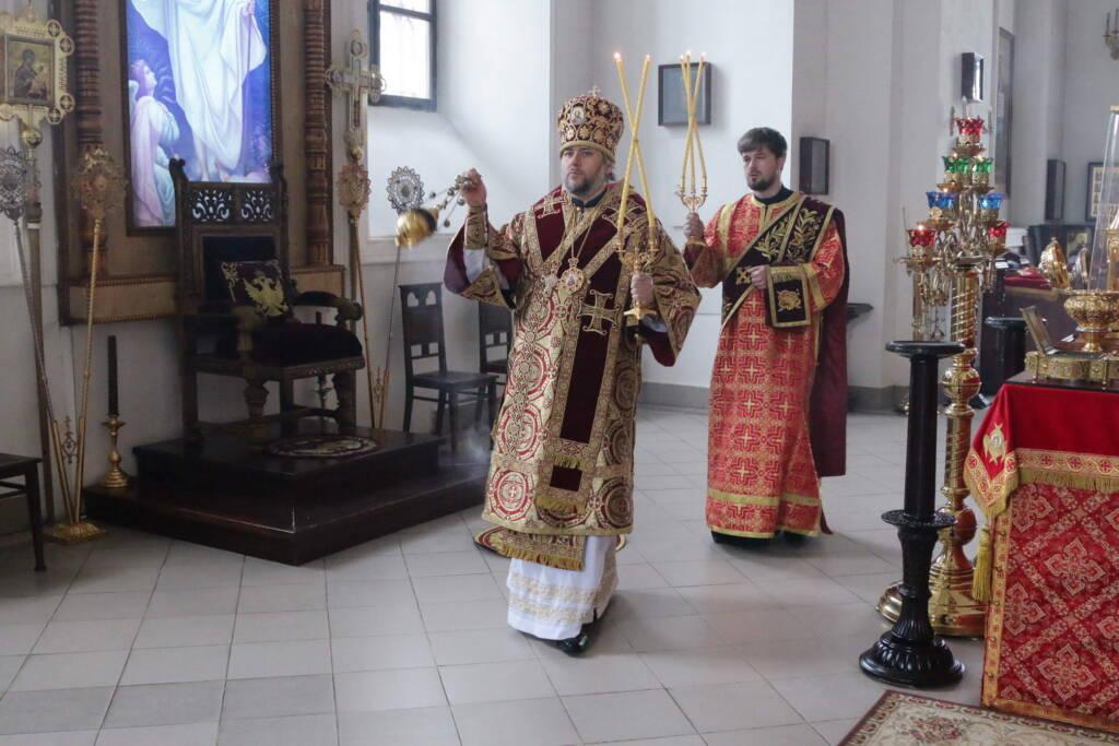 Божественная литургия в Неделю 4-ю по Пасхе, о расслабленном в Вознесенском кафедральном соборе города Касимова