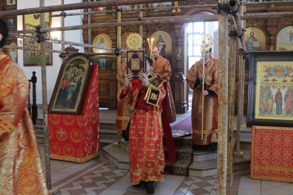 Божественная литургия в Неделю 5-ю по Пасхе, о самаряныне в Вознесенском кафедральном соборе города Касимова