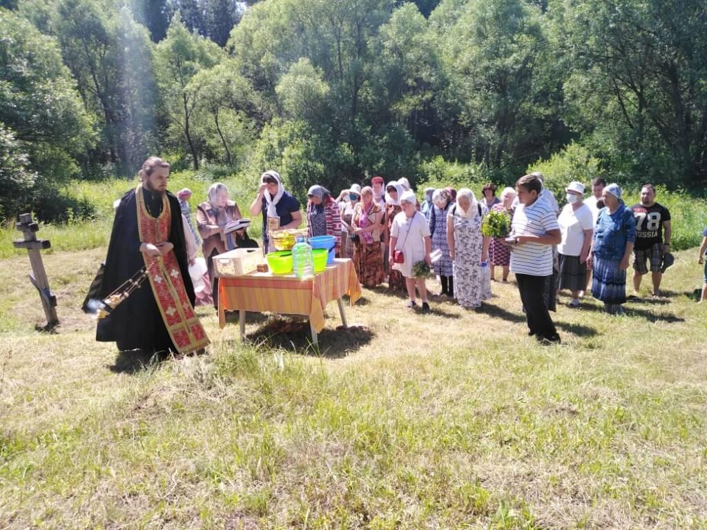 В селе Лашма Касимовского  района почтили память святой Великомученицы Параскевы Пятницы