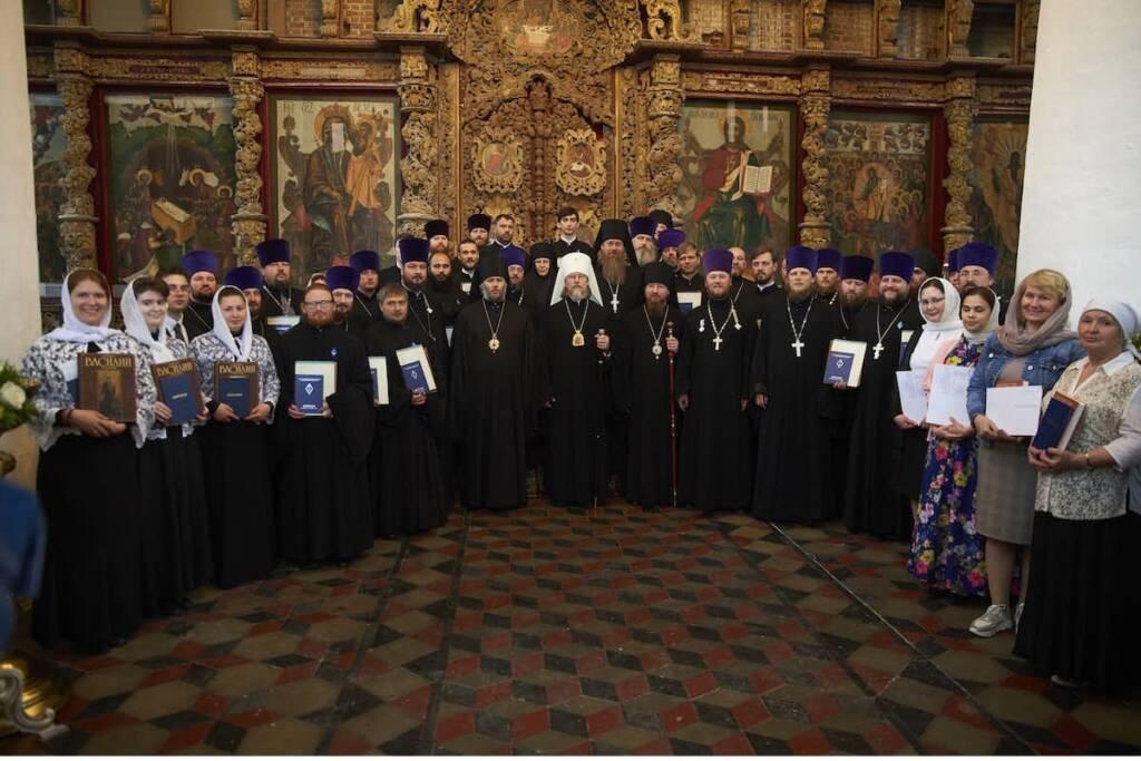 Преосвященный епископ Василий принял участие в выпускном акте духовной школы Рязани