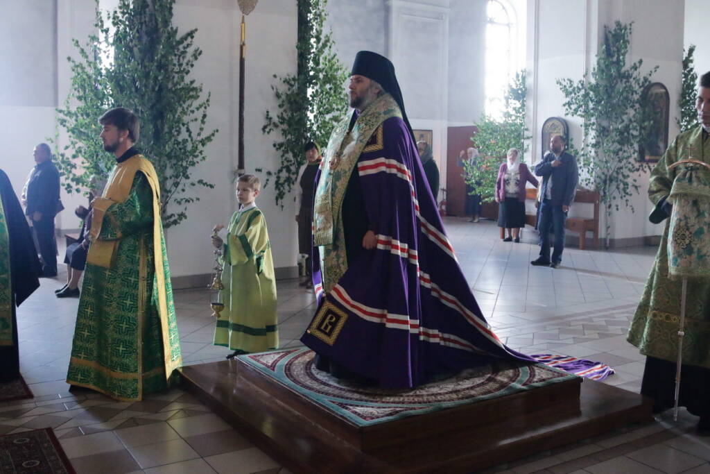 Всенощное бдение в канун праздника Святой Троицы в Вознесенском кафедральном соборе города Касимова