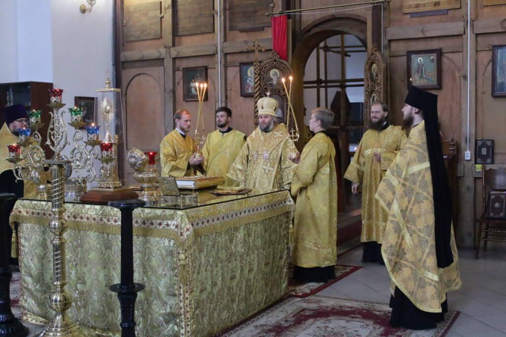 Всенощное бдение в канун дня памяти святителя Василия, епископа Рязанского в Вознесенском кафедральном соборе города Касимова