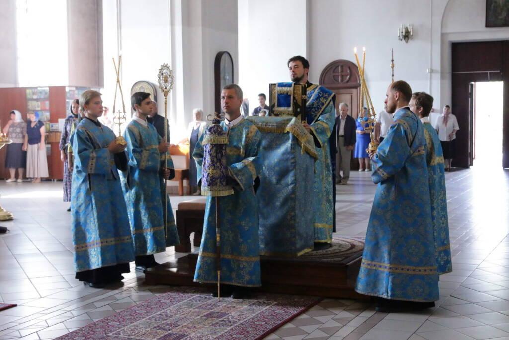 Божественная литургия на праздник Успения Пресвятой Богородицы в Вознесенском кафедральном соборе города Касимова