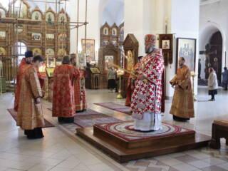 Божественная литургия в день Усекновение главы Пророка, Предтечи и Крестителя Господня Иоанна в Вознесенском кафедральном соборе города Касимова