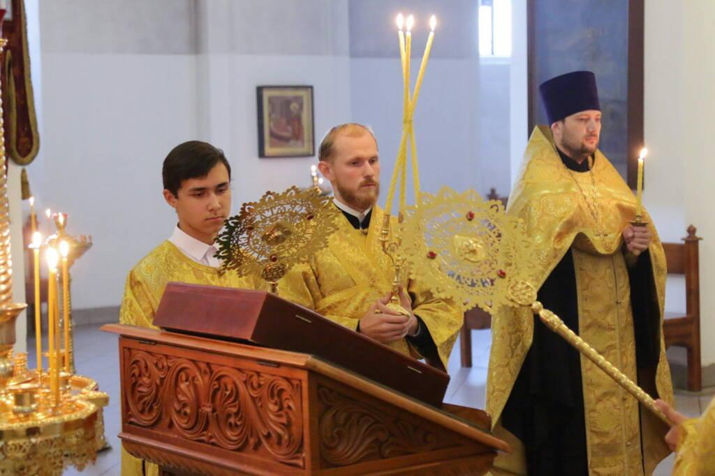 Всенощное бдение в канун Недели 14-й по Пятидесятнице в Вознесенском кафедральном соборе города Касимова