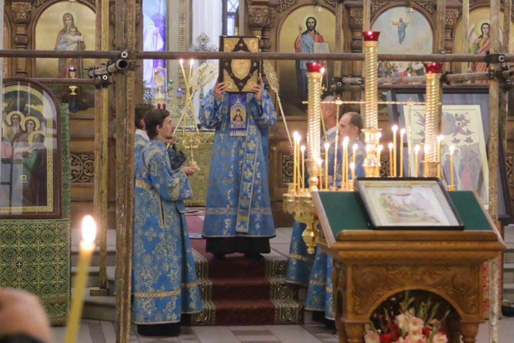 Всенощное бдение в канун праздника Рождества Пресвятой Владычицы нашей Богородицы и Приснодевы Марии в Вознесенском кафедральном соборе города Касимова
