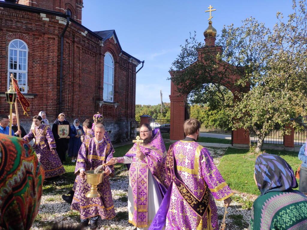 Престольный праздник в Крестовоздвиженском храме села Балушевы Починки Касимовского района