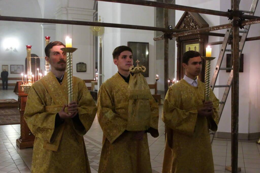 Всенощное бдение в канун Недели 22-й по Пятидесятнице в Вознесенском кафедральном соборе города Касимова