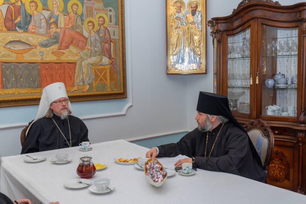 Преосвященный епископ Василий принял участие в заседании Архиерейского совета митрополии