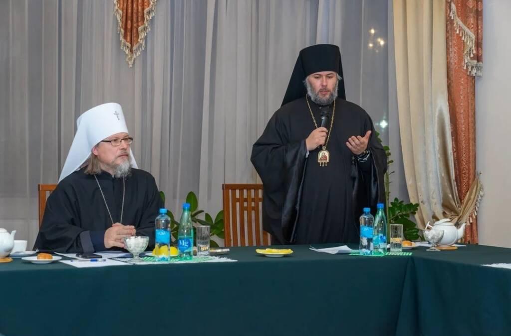 Преосвященный епископ Василий принял участие в региональном этапе Рождественских чтений