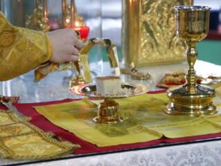 Божественная Литургия на отдание праздника Рождества Христова в Троицком храме рабочего поселка Тума Клепиковского района