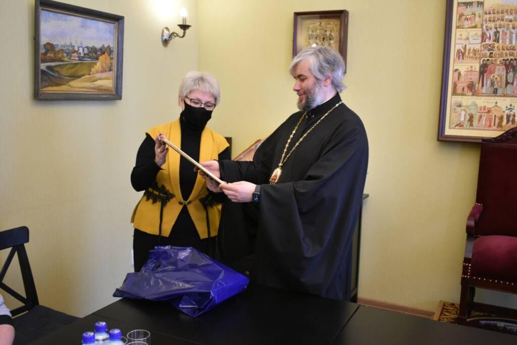 Епископ Василий встретился с заместителем главы администрации Касимовского района по социальной политике Эльвирой Андриановой и представителями сферы культуры и образования
