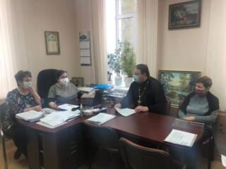Протоиерей Владимир Свиридов принял участие в заседании комиссии по делам несовершеннолетних и защите их прав администрацией Шиловского района
