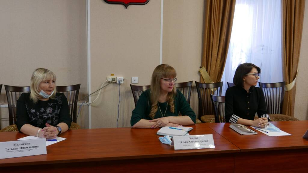 Епископ Василий встретился с главой администрации г. Сасово и руководителями социальной сферы