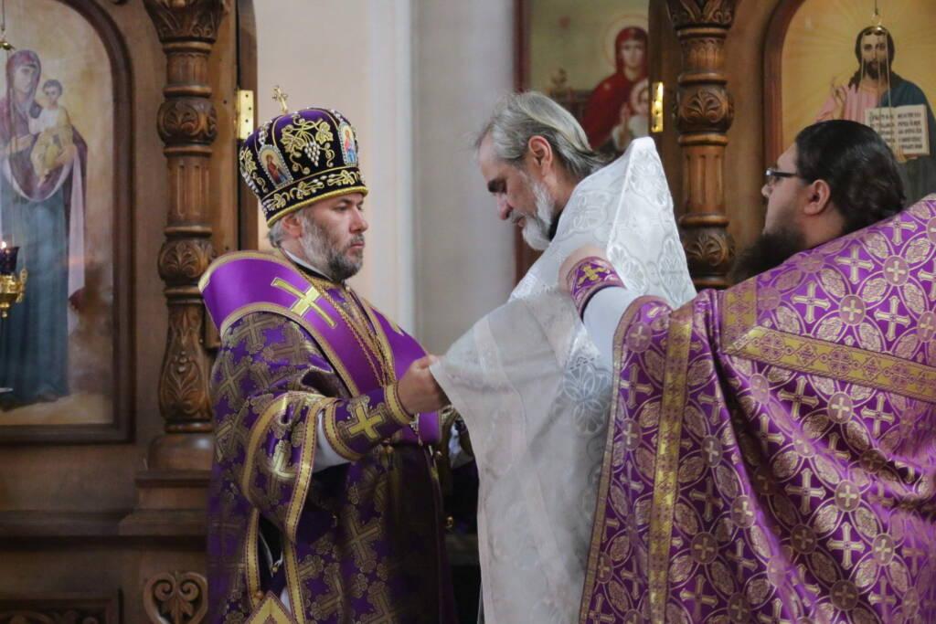 Божественная Литургия в Неделю 4-ю Великого поста в Вознесенском Кафедральном соборе города Касимова
