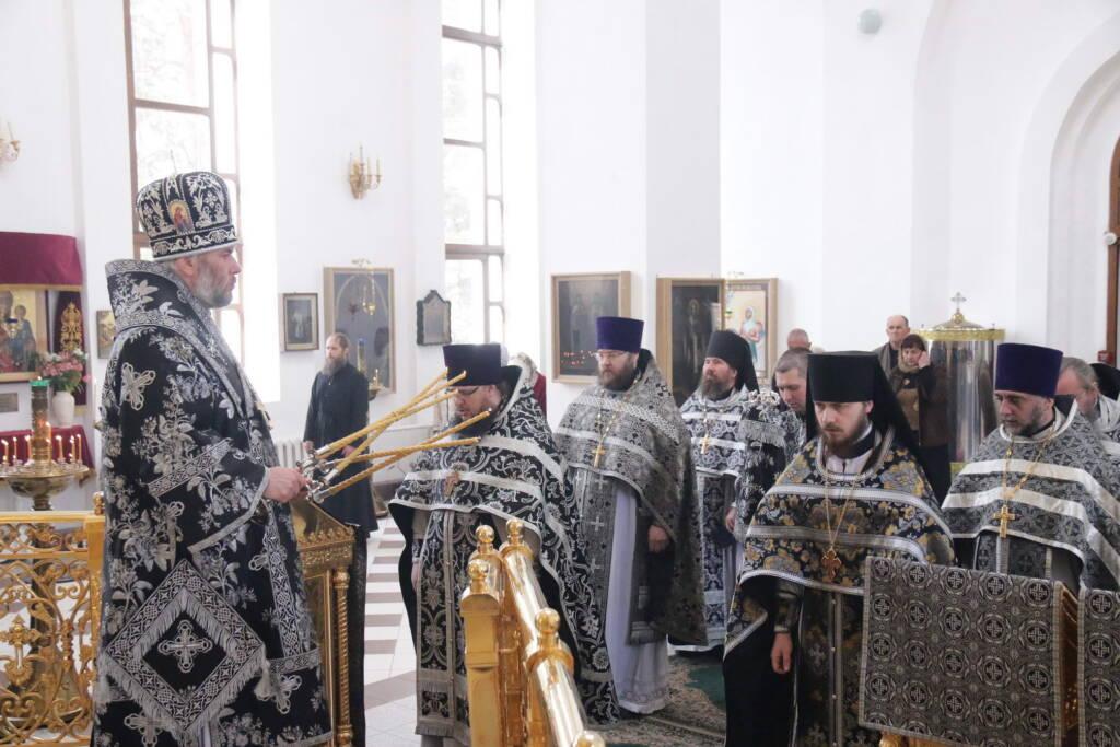 Литургия Преждеосвященных Даров в храме Рождества Христова п. Лашмы Касимовского района