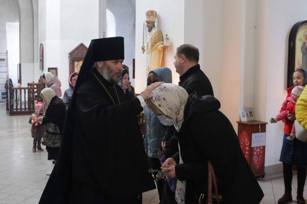 Божественная Литургия в праздник Входа Господня в Иерусалим в Вознесенском Кафедральном соборе города Касимова