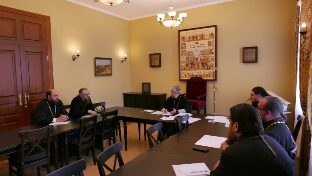 Епископ Василий возглавил работу Епархиального совета