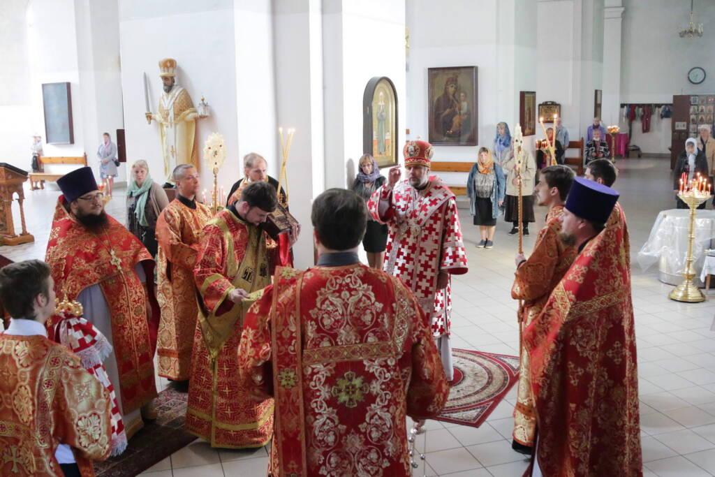 Божественная Литургия в день памяти Владимирской иконы Божией Матери в Вознесенском Кафедральном соборе города Касимова