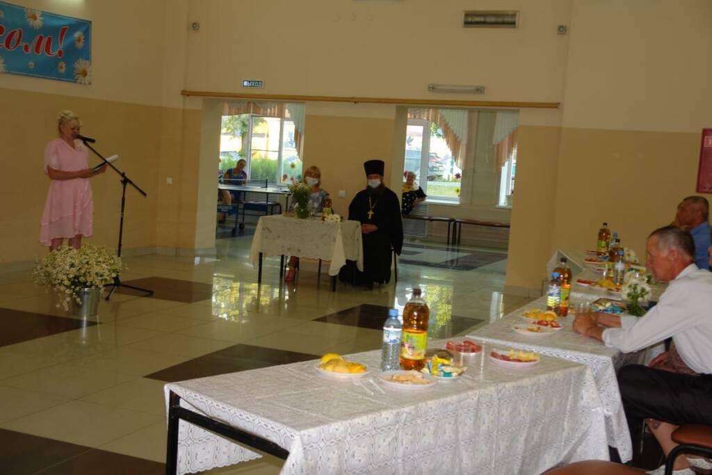 Настоятель Архангельского храма п. Ермишь иерей Николай Антонов принял участие в мероприятии в честь Дня семьи любви и верности