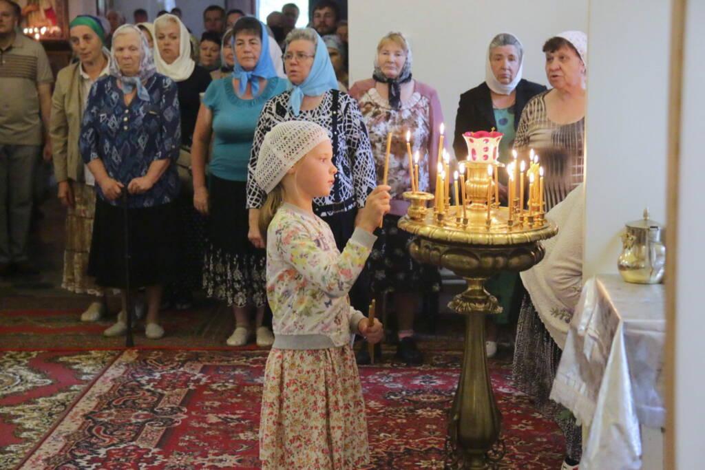 День празднования Боголюбской иконы Божией Матери в Крестовоздвиженском монастыре села Красный Холм Шиловского района