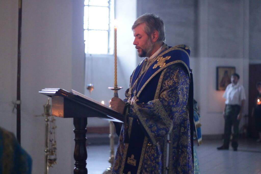 Всенощное бдение c чином Погребения Пресвятой Богородицы в Вознесенском Кафедральном соборе города Касимова