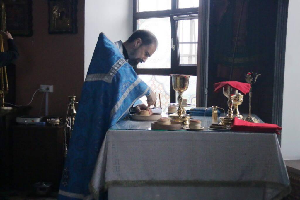 Божественная Литургия в Преображенском храме г. Рязани в Неделю 11-ю по Пятидесятнице и отдание праздника Успения Пресвятой Богородицы