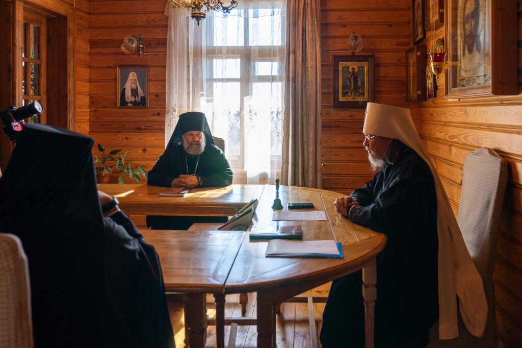 Преосвященный епископ Василий принял участие в Архиерейском совете Рязанской митрополии