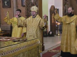 Божественная Литургия в Неделю 15-ю по Пятидесятнице, по Воздвижении  в Вознесенском Кафедральном соборе города Касимова
